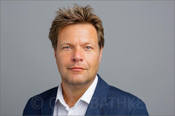 offizielle-pressefotos-landesregierung-schleswig-holstein-robert-habeck